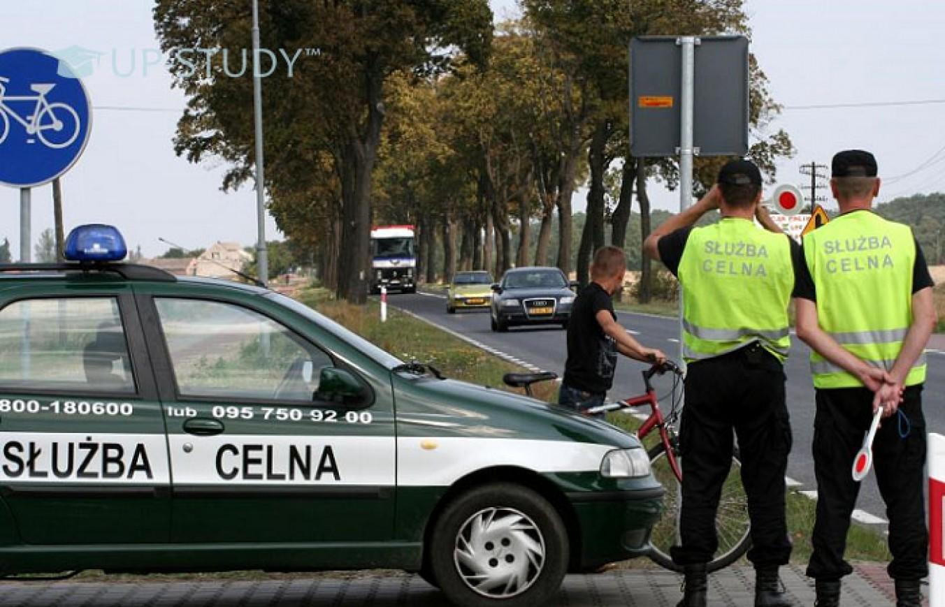 Які основні правила дорожнього руху необхідно знати іноземцям у Польщі?