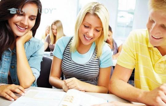 Ви вибираєте університет? Що потрібно знати про витрати на навчання у Польщі?