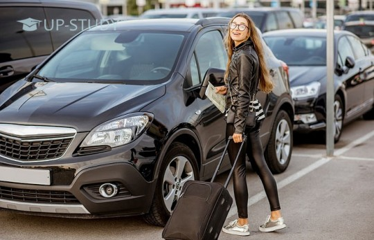 Прокат автомобілів у Варшаві. Навіщо орендувати машину?