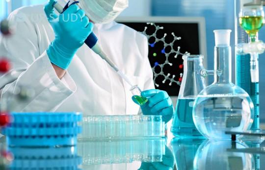 Чи варто вибирати професію хіміка? Розглядаємо складності ремесла