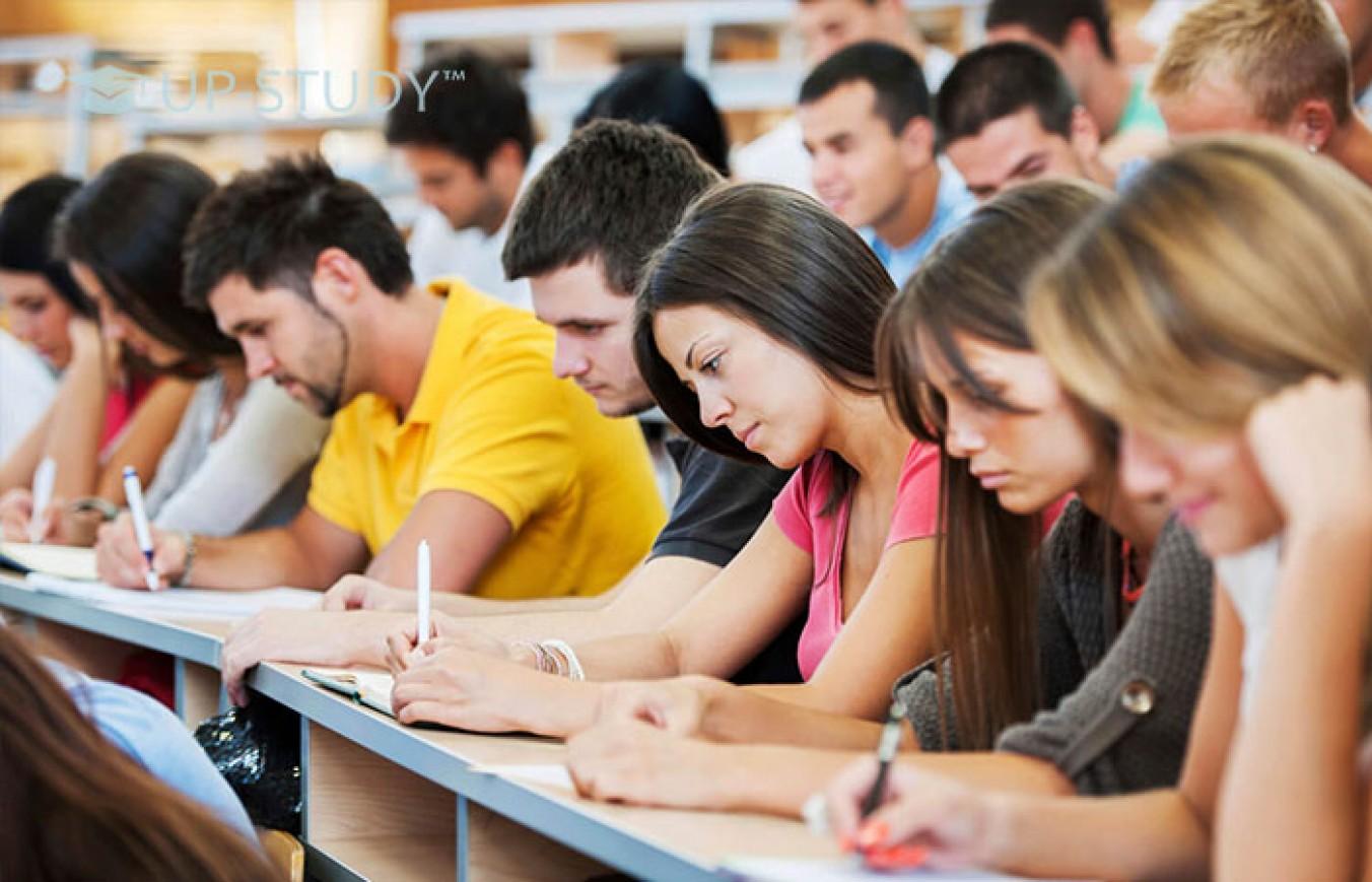 Безкоштовне навчання в польському технікумі обійдеться українцям в чималу копійочку