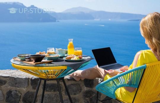 Як заробити на канікулах паралельно відпочинку?