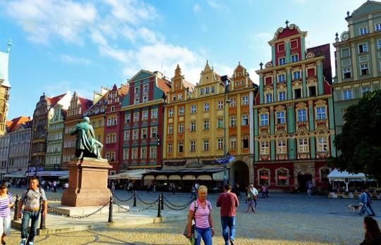 Співоренда, гуртожиток або самостійний найм квартири у Вроцлаві. Як економити на житлі у період навчання?