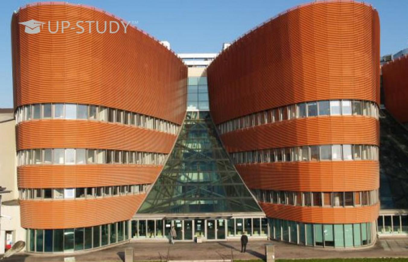 Варшавський Університет Менеджменту. Що потрібно для вступу?