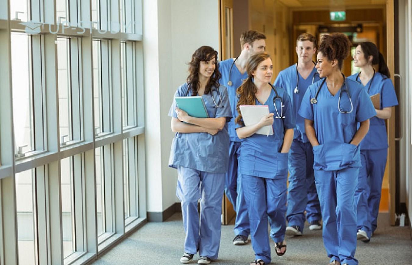 Що потрібно українському студенту для надходження в польський медичний університет?