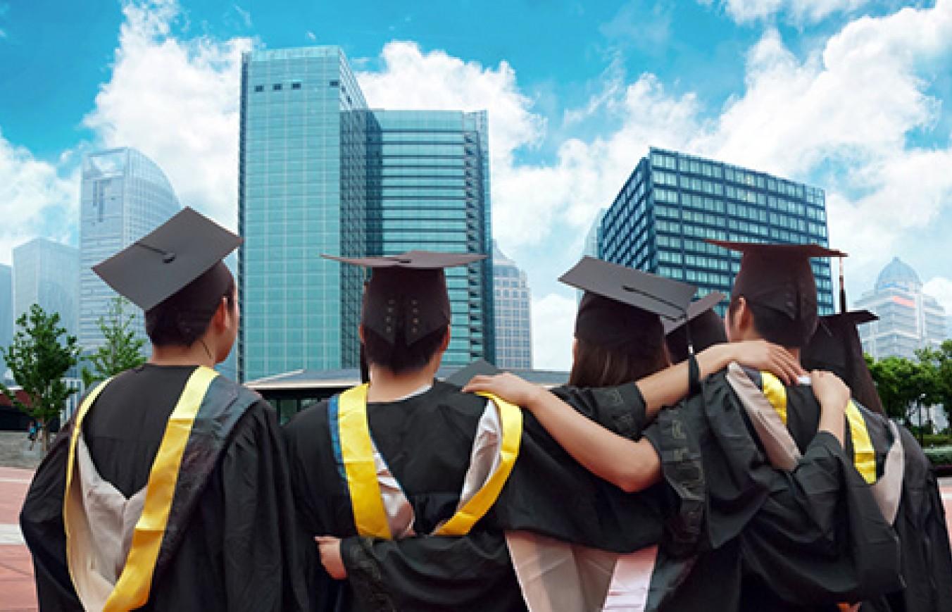Розіграш грантів на безкоштовне навчання у SWPS серед студентів UP-STUDY